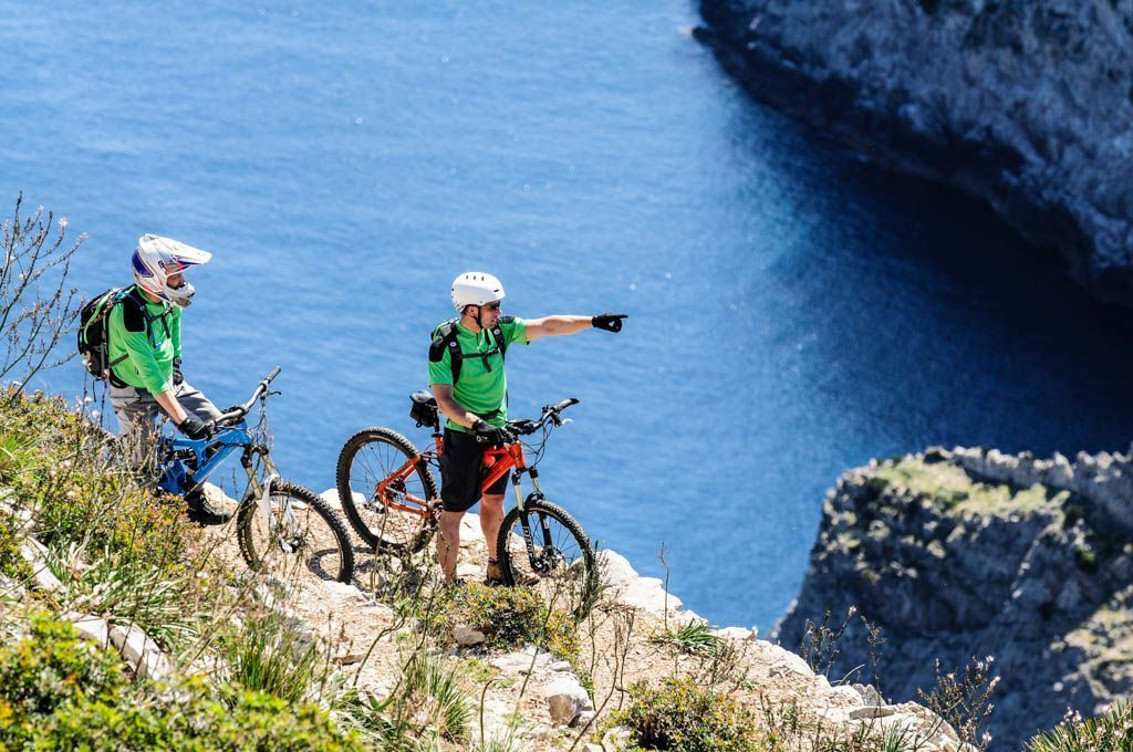 MTB tour along Majorca's cliffs